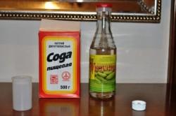Сода и уксус для борьбы с плесенью