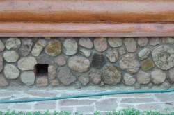 Продухи в подвале прямоугольной формы